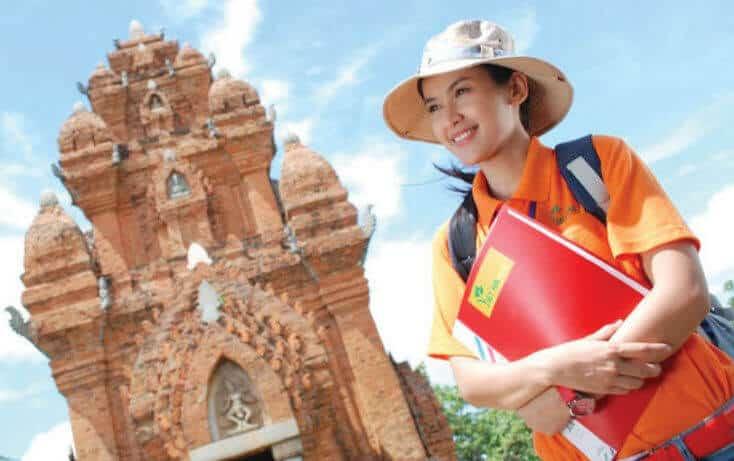 Những tố chất cần có của nghề hướng dẫn viên du lịch